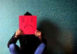 Yaş 23, Bir Çıkmaz: Yeni Yetişkin, İşsiz, Mutsuz Ve Üzgün