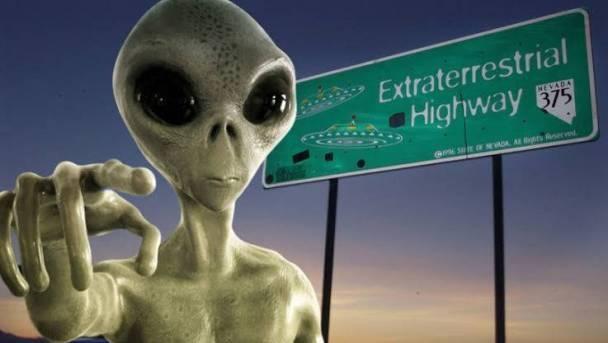 UFO'larla İlgili Kanınızı Donduracak 5 Esrarengiz Teori