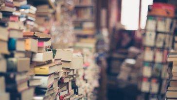 Kitapları Rafa Kaldırmanın Zamanı Geldi mi?