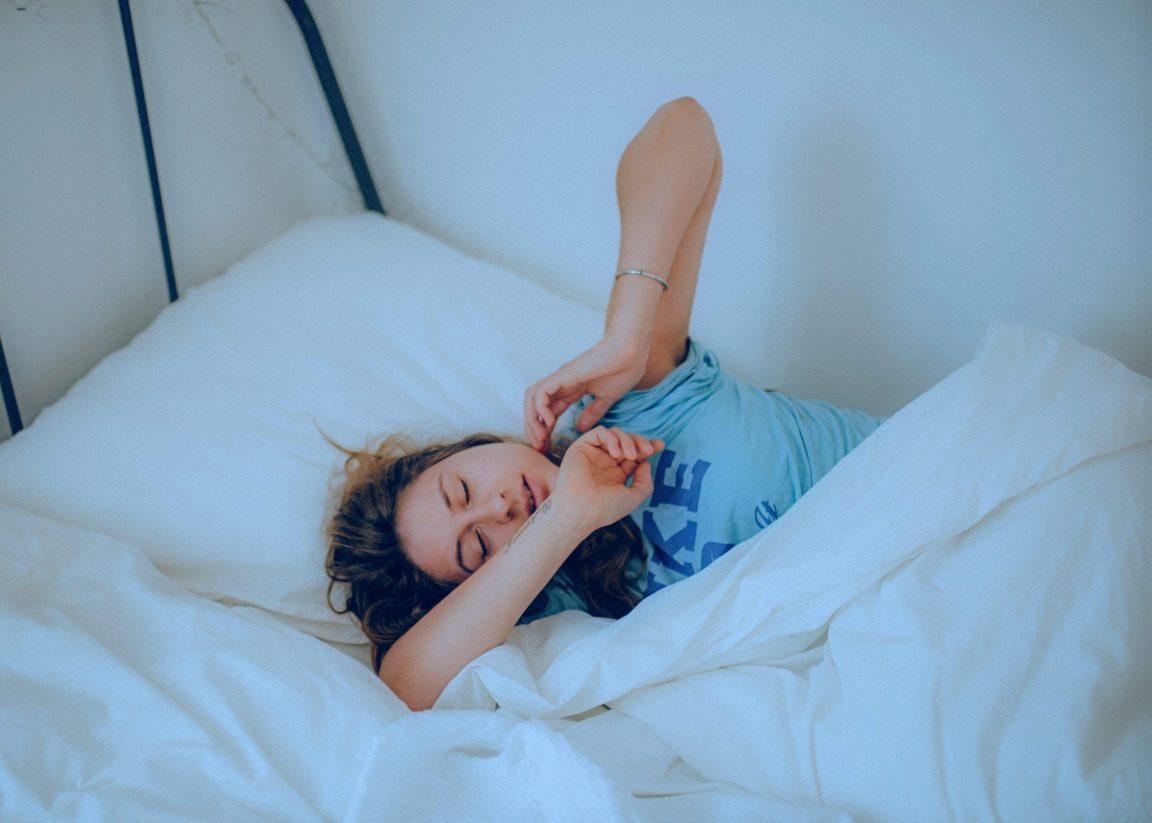 Uyku Apnesi Nedir? Uyku Apnesinin Belirtileri Nelerdir?