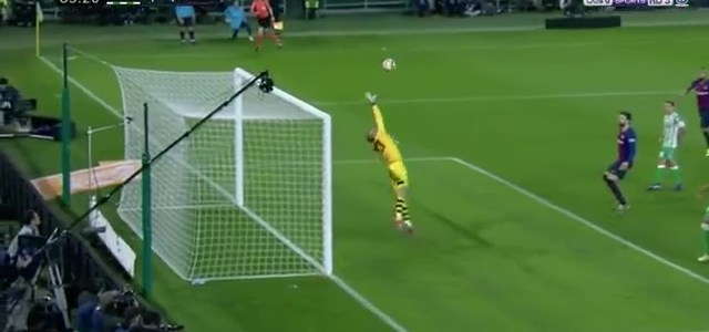 هدف ميسي الخرافي الرابع لبرشلونة في مرمى ريال بيتيس