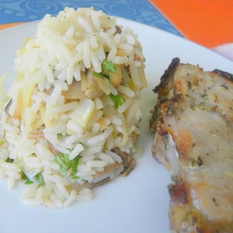 Χοιρινές Mαριναρισμένες μπριζόλες και Ρύζι σαλάτα