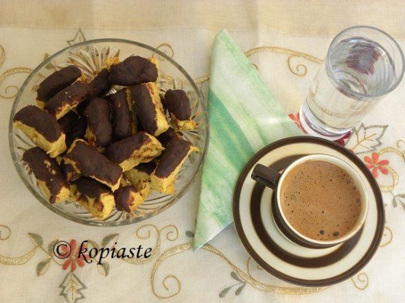 Banana chocolate biscotti