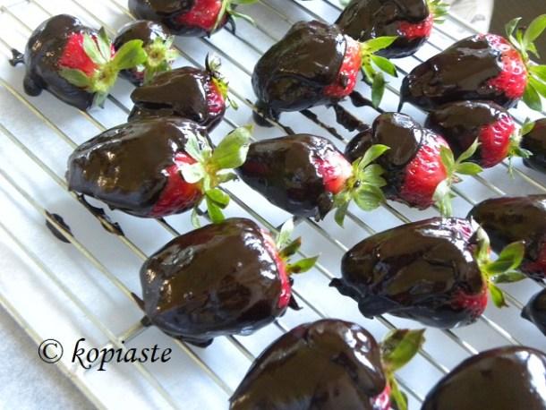 νηστίσιμες σοκολατένιες φράουλες εικόνα