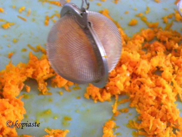 σουρωτήρι με ξύσμα πορτοκαλιού