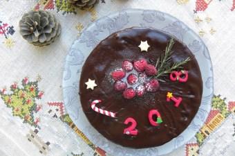 Κέικ Βασιλόπιτα με βατόμουρο εικόνα