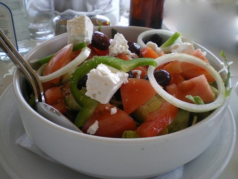 Salata Horiatiki Greek salad image