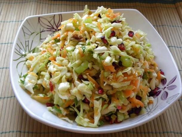 lahanosalata coleslaw salad image