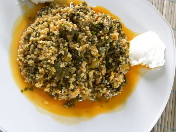 Spinach and bulgur wheat image