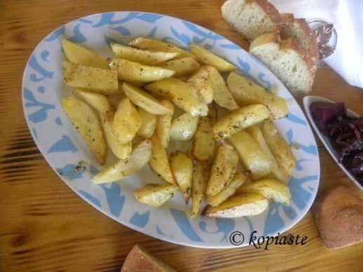 Patates sti Ladokolla