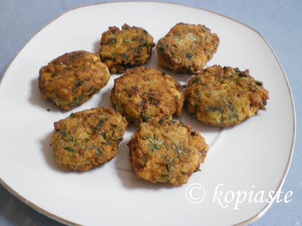 Revithokeftedes (vegan chickpea patties)