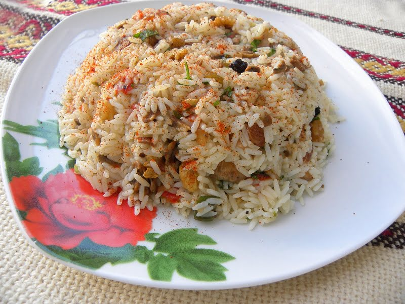 Rice pilaf with mushrooms image