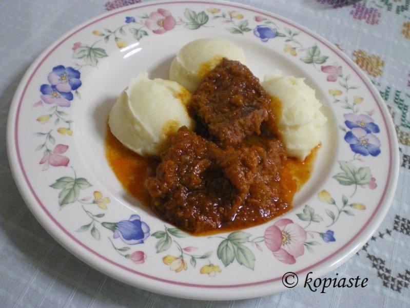 moschari-with-mashed-potatoes
