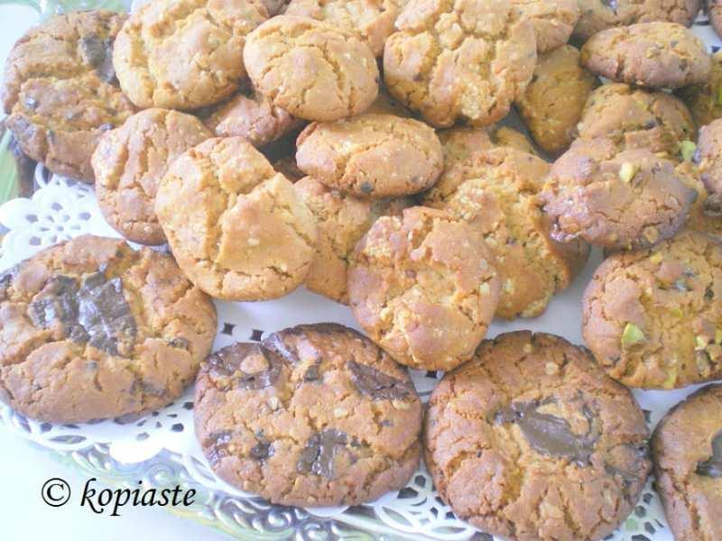 peanut-butter-pastelli-cookies