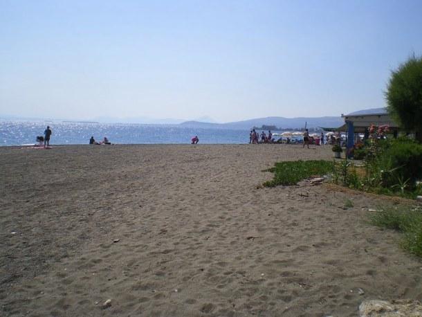 via Amarynthos beach near the hotel image