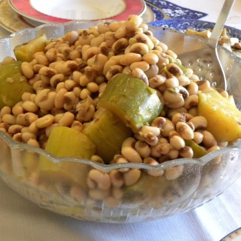 Ampelofassoula or Louvi (Fresh Black Eyed Peas) with Kolokoui