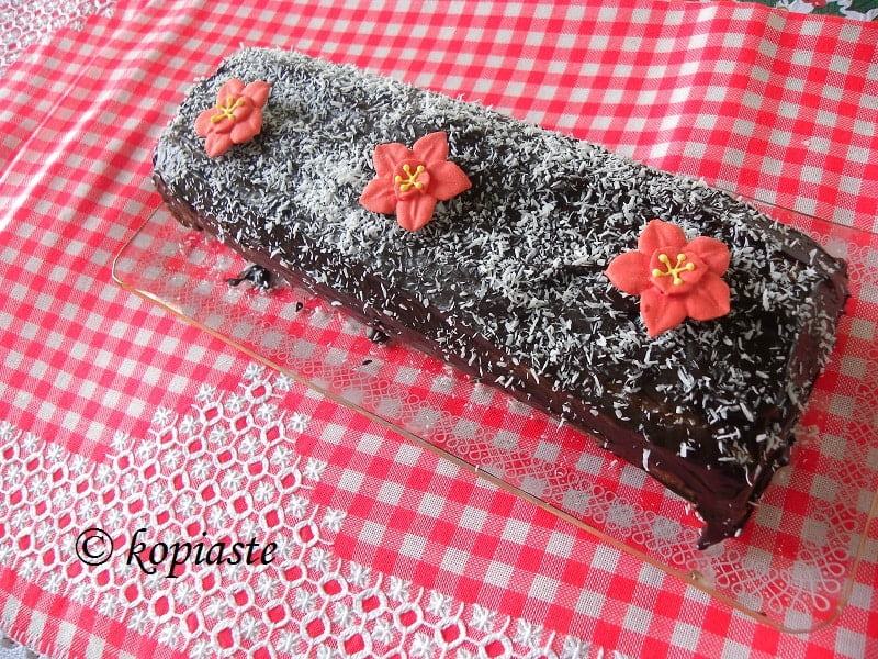 Roulade Chocolate Wafer Coconut