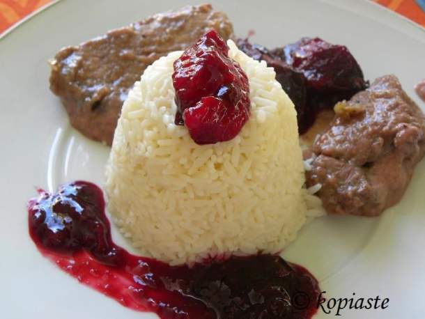pork braised with plums image