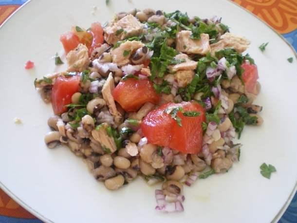 Mavrommatika louvi with tuna image