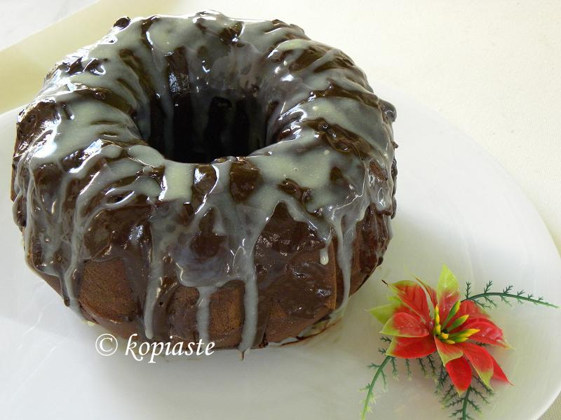 Ginger and chocolate cake