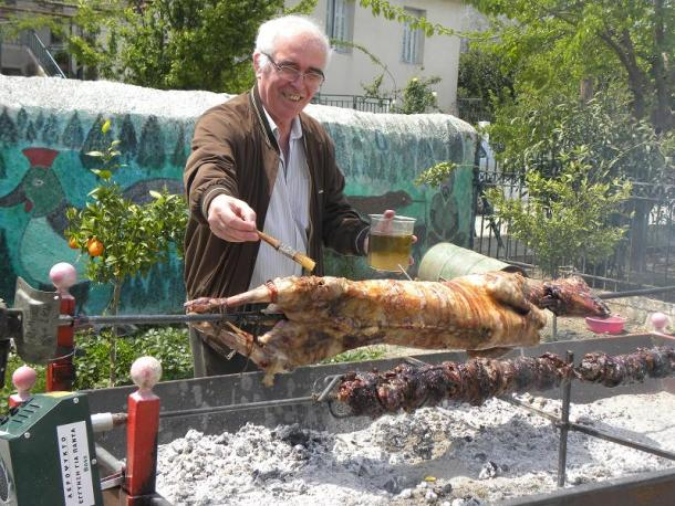 lamb and kokoretsi image