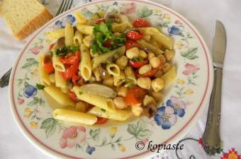 Penne with Chickpeas and Roasted Cherry Tomatoes