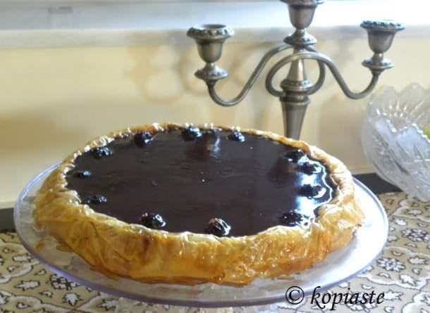 Baklavas Tart with Chocolate image