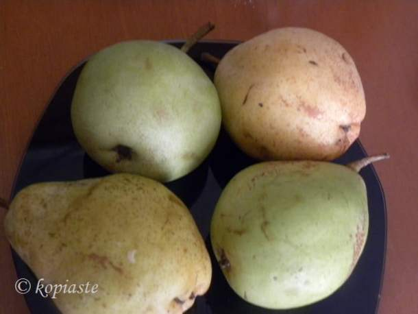 highland-and-voutyrou-pears