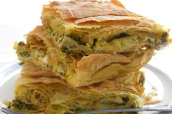Kolokythopita me Spanaki (Butternut Squash Pie with Spinach) with video