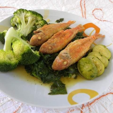 Fried Red Mullet (Barbounia Tiganita)