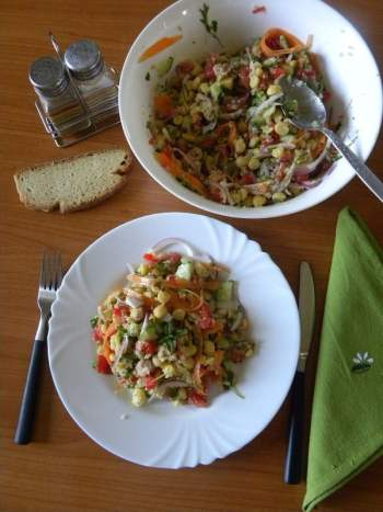 chickpea saladd image