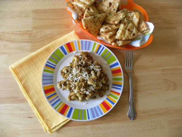 Brown lentils with pasta image