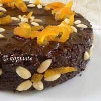 Chocolate Peppermint Almond Cake)