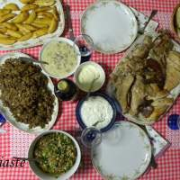 Galopoula Gemisti (Turkey Stuffed with Chicken Giblets  and gravy)  – Cypriot Recipe
