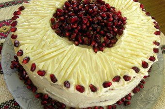 Sockerkaka Sponge 2 with Pomegranate picture