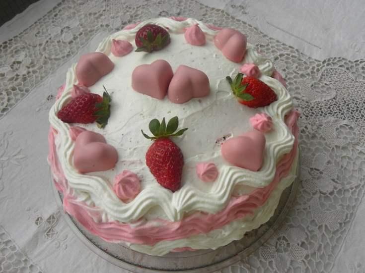 Strawberry Red Velvet Cake