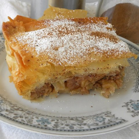 Milopita Bougatsa (Greek Apple Pie with Phyllo)