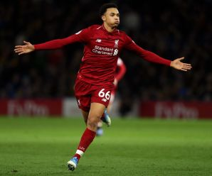 'Extraordinary': Gary Lineker wows about what this Liverpool star did against United