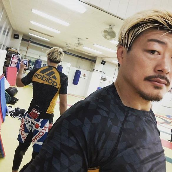 KORAL JAPAN スポンサードアスリート水野竜也選手 w/KORALファイトショーツ MMA Thunder Model