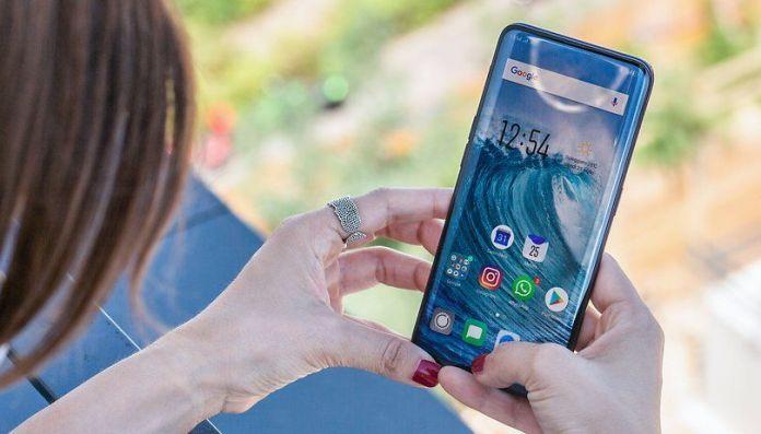 Daftar Smartphone dengan Layar Dual Curve Edge Rekomendasi di Tahun 2019