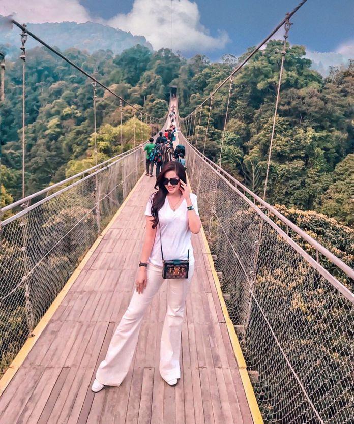 Wisata Jembatan Gantung Sukabumi