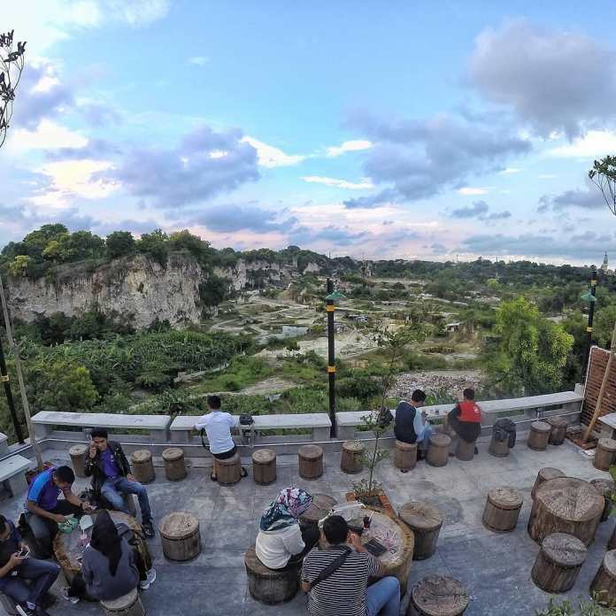 Wisata Bukit Kapur Suci