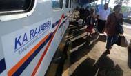 Permalink to H-5 Arus Mudik Stasiun Kertapati Mulai Melonjak, PT KAI Tambah Gerbong
