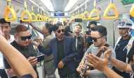 Permalink to Ngamen di LRT, ST12 Bakal Bikin Video Klip