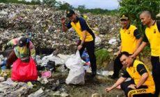 Permalink to Peduli Lingkungan, Polres Lahat Ajak Anggota Bersih Bersih Sampah