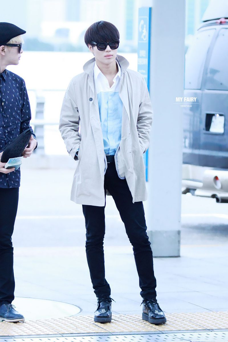 10 Pictures That Show Just How Long Taemin Legs Really