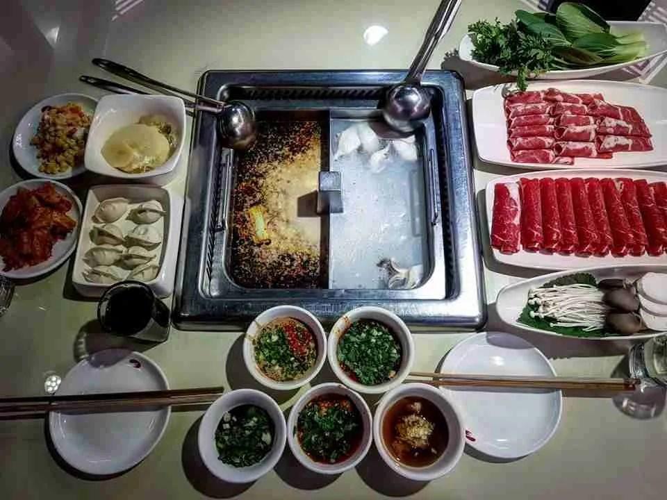 Restaurants in Myeong-dong: Myeongdong Haidilao (하이디라오)