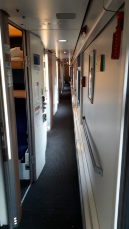 Cesta Praha - Zürich Chodba vlaku (Autor: Luboš Sládek, koridory.cz)