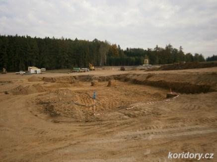 Sudoměřice - Votice: tunel Deboreč, pohled k severnímu (výjezdovému) portálu (foto: koridory.cz).