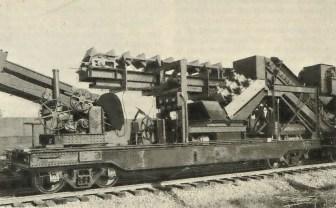 Obr.3. - Druhý pracovní vůz vlaku na strojní výměnu štěrkového lože (Vynálezy a pokroky č.15/1929).